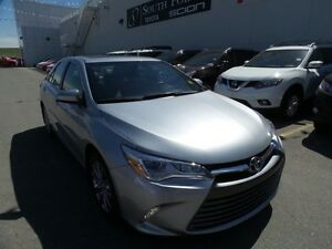2015 Toyota Camry XLE V6 | Navigation | Leather | Sunroof