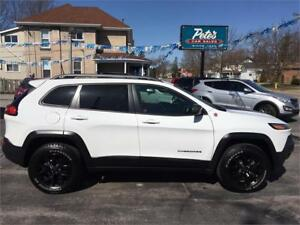 2017 Jeep Cherokee Trailhawk 4X4 Leather Plus Pkg
