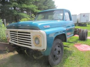1967 Ford f600 cab and chassis