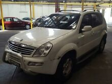 2005 Ssangyong Rexton Y200 RX320 Sport Plus White 5 Speed Manual Wagon Georgetown Newcastle Area Preview