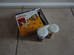 Brand new in box Salt and pepper shakers set London Ontario image 4