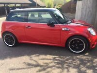 Mini Cooper 1.6, Half Leather trim and Air Con