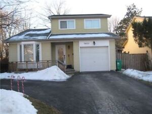 Erin Mills Detached Home 3 Bed / 2 Bath - Move-In Condition!!