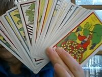 Tea leaf reading or tarot in Victoria: accurate & excellent