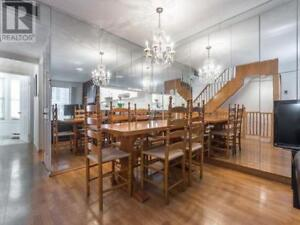 Exclusive Large Townhouse,2Beds,2Baths,40 IRWIN AVE, Toronto