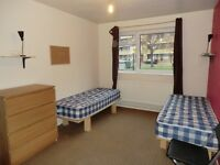 STOCKWELL - TWIN ROOM AVAILABLE RIGHT NOW
