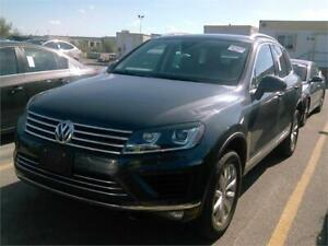 2016 VOLKSWAGEN TOUAREG 3.6L AWD |NAV|CAMERA|LEATHER|PANO|1OWNER