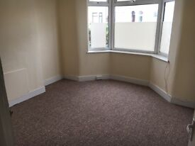 Newly renovated 2 Bed Ground Floor Flat to rent in Manor Park - UNFURNISHED