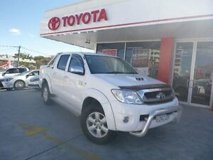 2011 Toyota Hilux KUN26R MY11 Upgrade SR5 (4x4) Glacier White 4 Speed Automatic Dual Cab Pick-up Allawah Kogarah Area Preview