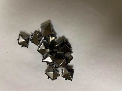 CraftbuddyUS 100pcs 12mm Gunmetal Sqaure Pyramid Studs Goth Leather craft Denim