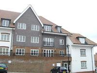NO AGENT FEES! LOW DEPOSIT! 2 Bed flat, top floor, spacious, En-suite shower, family bathroom.