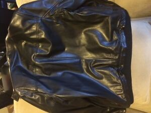 MOVING FIRE SALE! BLACK LEATHER GAP JACKET MENS SIZE S Edmonton Edmonton Area image 3