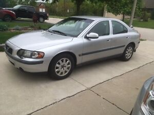 2001 Volvo S60 Sedan - New Price