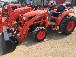 Kioti CK30S HST tractor and loader
