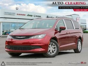2017 Chrysler Pacifica LX Low KM & Backup Camera