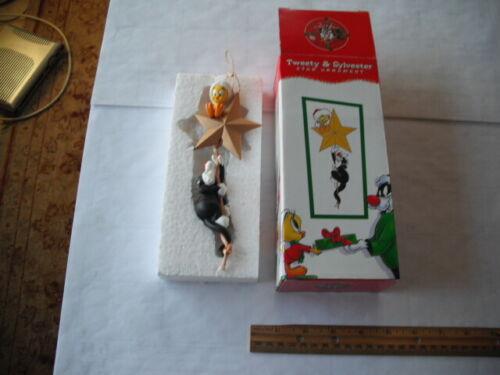 LOONEY TUNES  SYLVESTER & TWEETY CHRISTMAS STAR ORNAMENT IN ORIGINAL BOX
