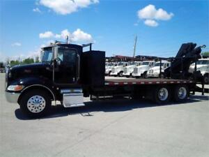 Peterbilt 335 2006 Automatique - Grue Hiab 200C-5