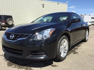 2013 Nissan Altima 2.5 SL Accident Free,  Leather,  Sunroof,  Ba