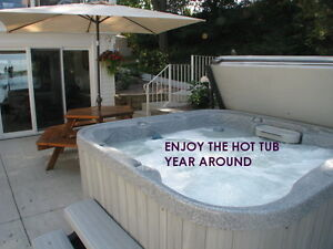 OPEN ALL YEAR - PRIVATE HOT TUB-SAUNA- TAKING SUMMER RES.