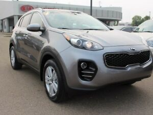 2018 Kia Sportage LX, BACKUP CAM, HEATED SEATS, SIRIUS, A/C, AUX