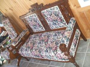 EAST LAKE LOVE SEAT/TWO CHAIRS/ARM CHAIR/Ca. 1900