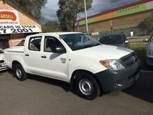 2006 Toyota Hilux TGN16R Workmate White 5 Speed Manual Dual Cab Pick-up Campbelltown Campbelltown Area Preview