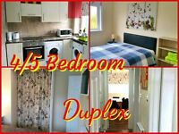 4 DOUBLE / TWIN BEDROOM DUPLEX - 2 SHOWER ROOMS - WEEKLY / MONTHLY LET - IDEAL FOR COMPANIES