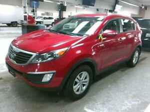 2013 Kia Sportage HEATED SEATS / BLUETOOTH / NO PAYMENTS FOR 6 M