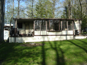 40' Travelaire Park model in Wildwood by the River, Bayfield On.