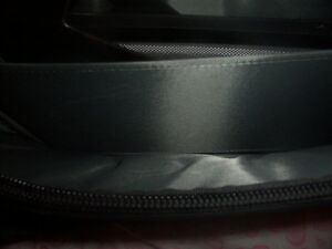 laptop briefcase Kingston Kingston Area image 4
