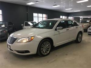 2011 Chrysler 200 Limited*BLUETOOTH*ROOF*CERTIFIED*SUPER CLEAN*