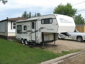 22 FOOT TRAVELAIRE 5TH WHEEL CAMPER