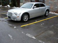 2007 Chrysler 300-Series C Sedan WITH THE HEMI !