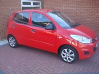 Hyundai i10 classic 5 door red, 2011 one owner very low mileage.