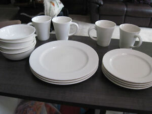 "Dishware, ""Brilliant"" ""Lucerne"" 15 pc, Brand New"