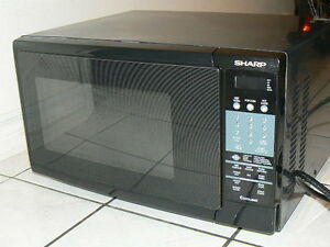 Large Sharp Microwave - Excellent Condition - 1500 Watts