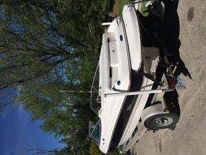 Great Bowrider for fishing, skiing, tubing, Excellent condition!