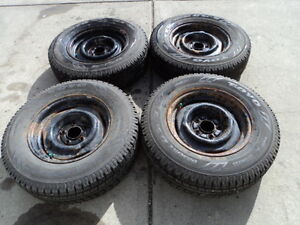 4 Toyo Winter Tires with Rims 205/75/15