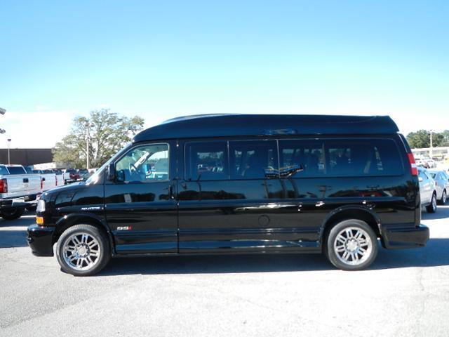 2014 gmc savana 2500 9 passenger majestic ssx hightop conversion van. Black Bedroom Furniture Sets. Home Design Ideas