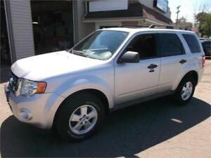 2010 Ford Escape XLT 2 Year Warranty!!!