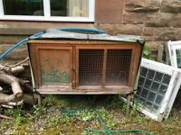 Rabbit / guinae pig hutch