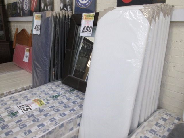 +++BRAND NEW FACTORY SEALED++++++++BARGAIN++++KINGSIZE BLACK&WHITE FAUX LEATHER HEADBOARDS+++++