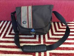 Tamrac Camera/Netbook/iPad Bag Rivervale Belmont Area Preview