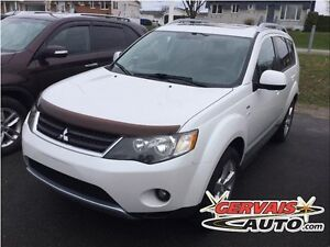 Mitsubishi Outlander XLS AWD Cuir Toit Ouvrant 7 Passagers MAGS