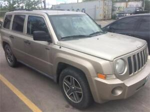 """2009 jeep patriot """"NORTH EDITION"""" CERTIFIED    """"one tax only"""""""