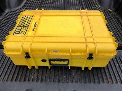 UW Underwater Kinetics 1027 Hard Case Dry Box w// Wheels 28.8 x 20.1 x 12.2