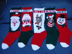CLASSIC HANDMADE KNITTED CHRISTMAS STOCKINGS