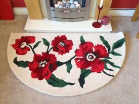 Poppy Feature Rug - Carpet