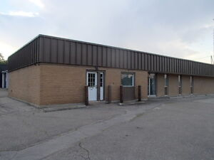 2850 to 9850 sq ft Industrial Commercial Warehouse with Offices