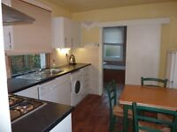 1 bedroom flat in Bendemeer Road, Putney, Putney, SW15